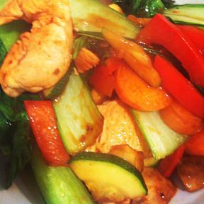 Chicken-&-Vegetable-Stirfry