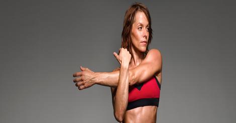 rsz_female_athelte_stretching